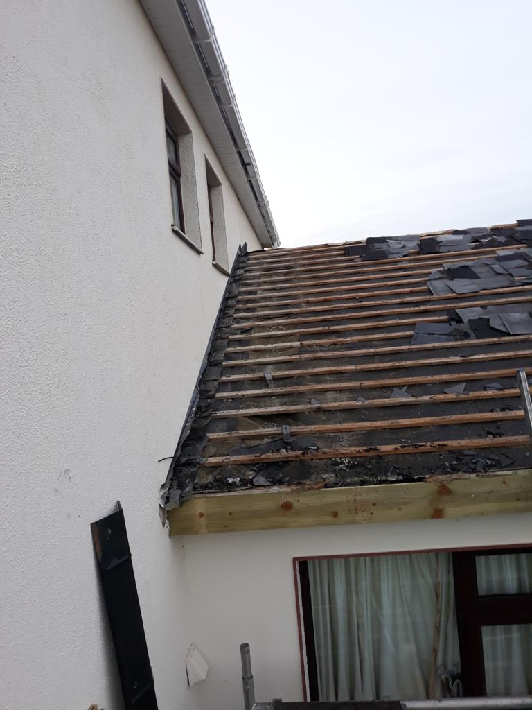 Roof Tile Repair and Installation